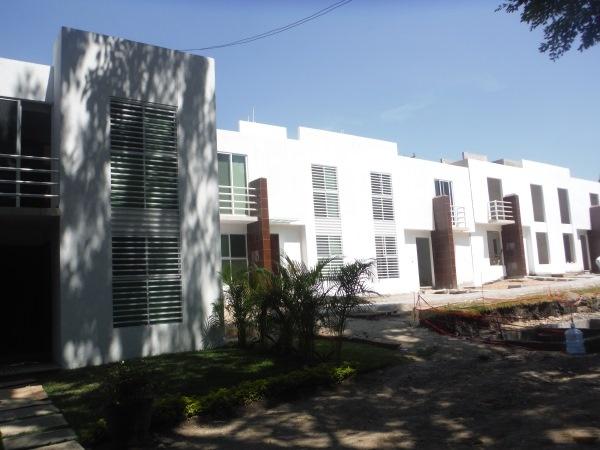 Bosques de Galerias,Jiutepec,Morelos,3 Recamaras Recamaras,Casa,1087,venta casas,piscina,bienes raices,inmobiliaria