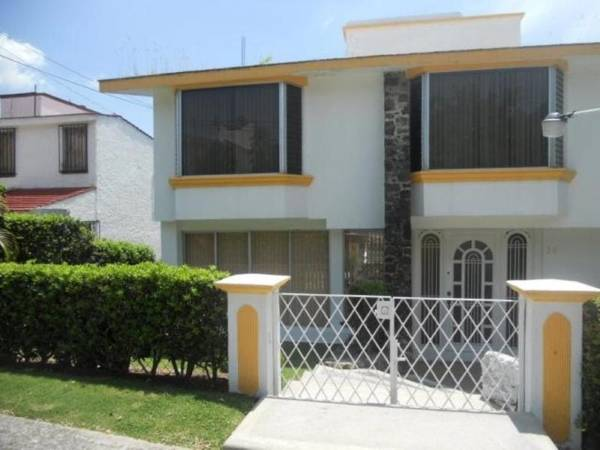 Lomas de Cocoyoc,Morelos,5 Recámaras Recámaras,Casa,1185,venta casas,piscina,bienes raices,inmobiliaria