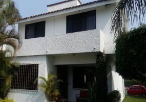 Lomas de Cocoyoc,Morelos,3 Recámaras Recámaras,Casa,1207,venta casas,piscina,bienes raices,inmobiliaria