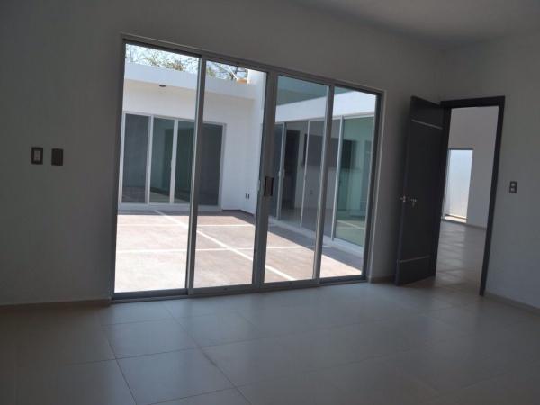 Cuernavaca,Morelos,4 Recámaras Recámaras,Casa,1025,venta casas,piscina,bienes raices,inmobiliaria