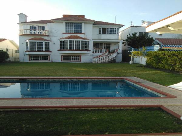 Lomas de Cocoyoc,Morelos,5 Recámaras Recámaras,Casa,1072,venta casas,piscina,bienes raices,inmobiliaria